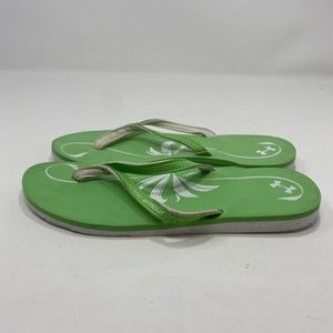 Under Armour Green Women's Flip Flops Size 7 A126